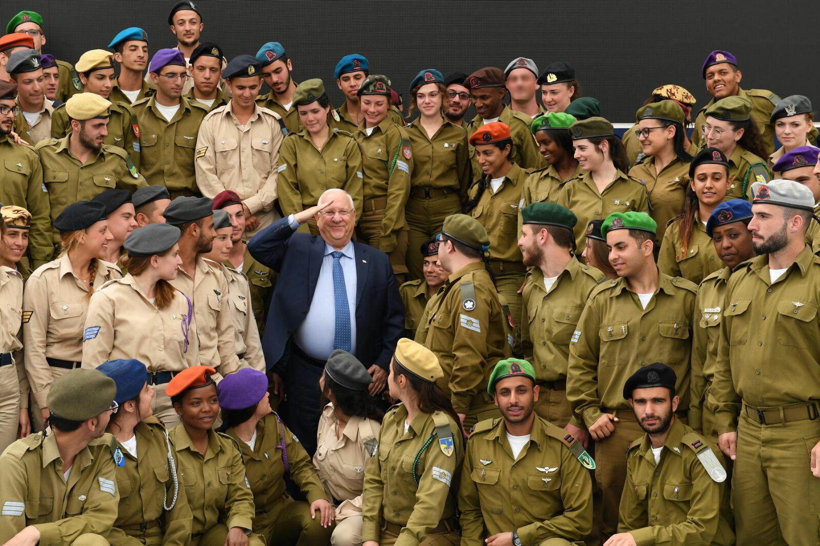 Rivlin with the soldiers; Photo Credit: Mark Naiman/GPO