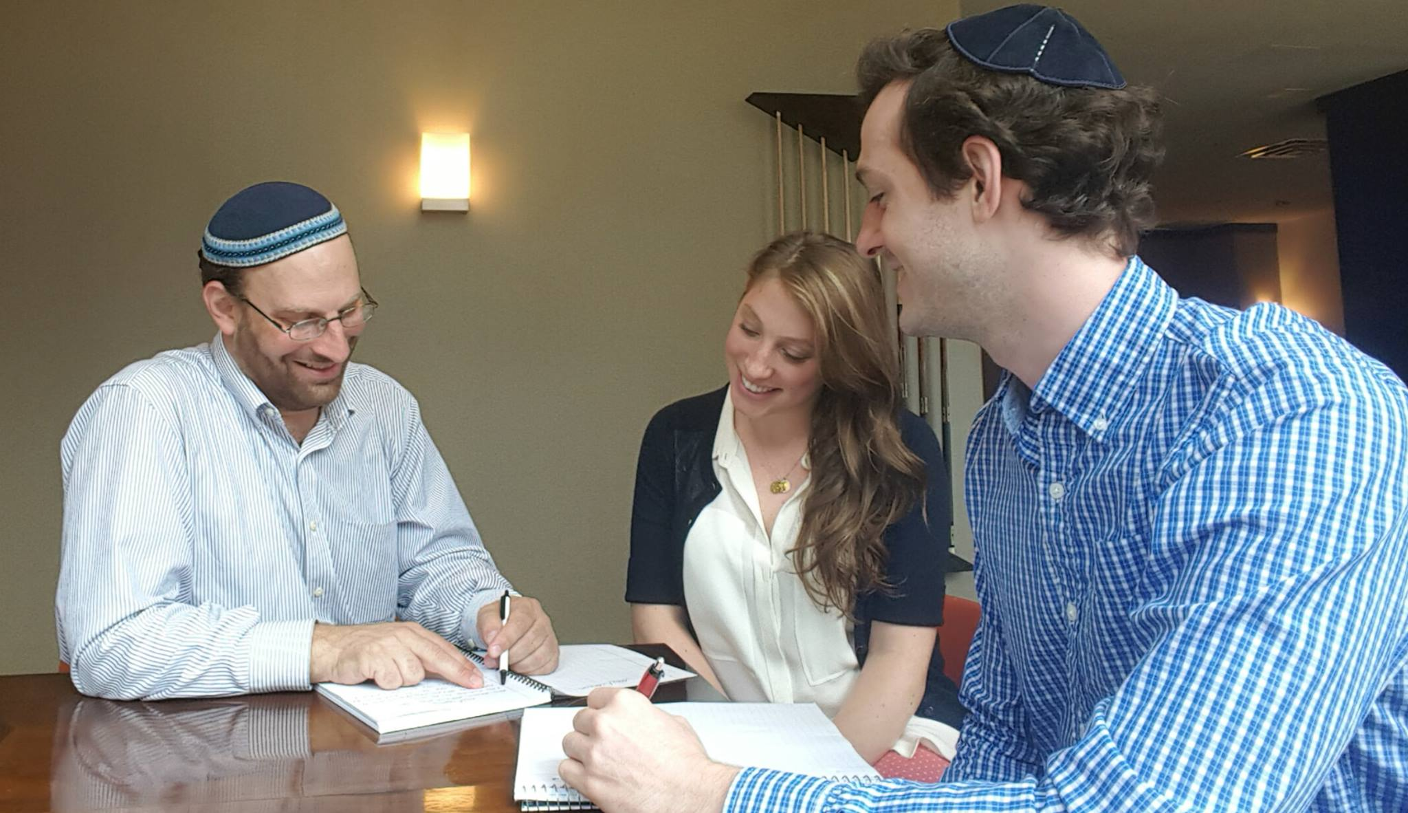 JLC Rabbi Kalb with couple