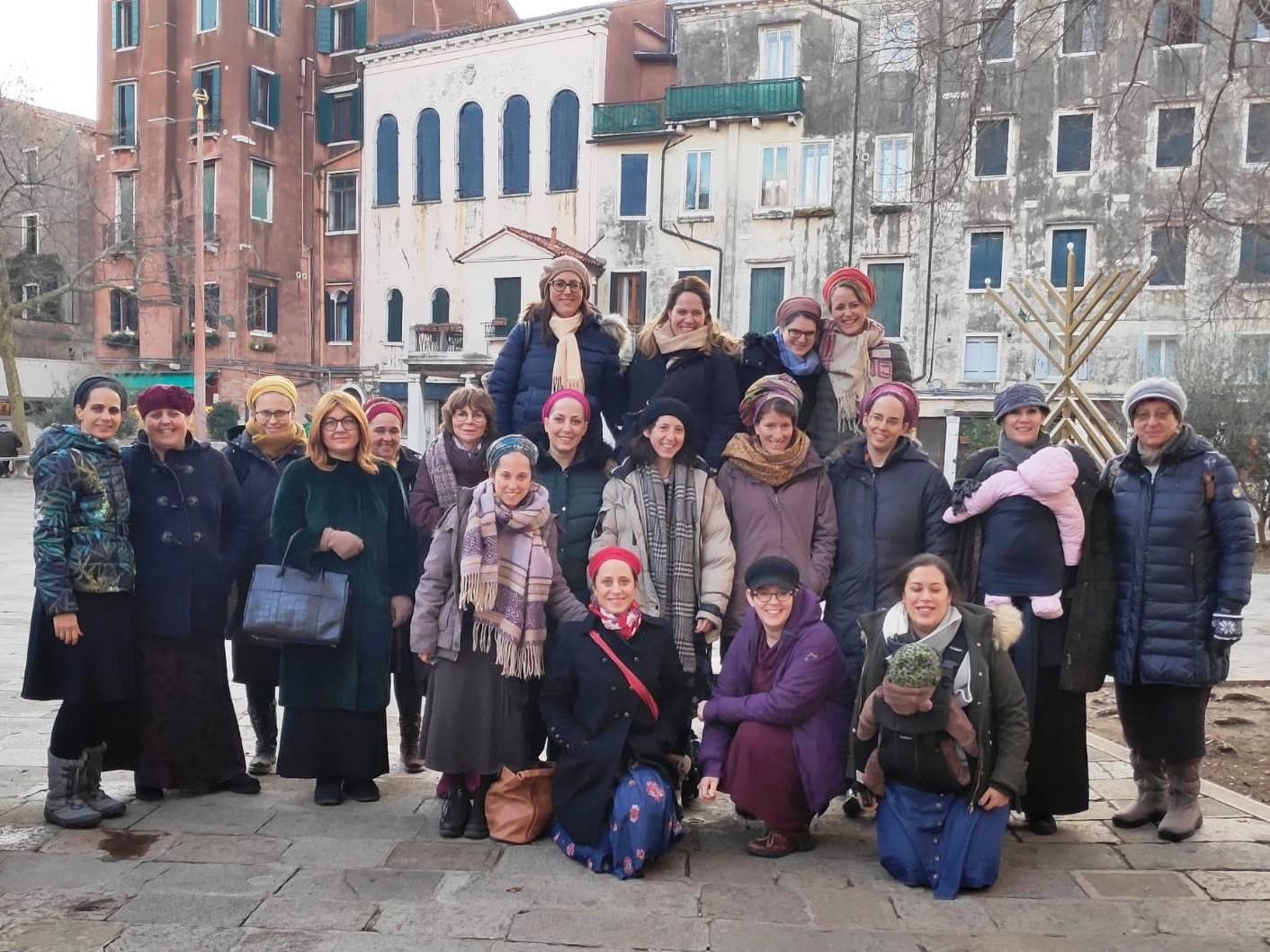 Group of Claudia Cohen graduates in Venice