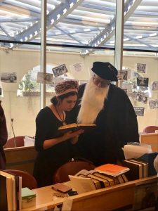 Dumbledore learning in the Beit Midrash