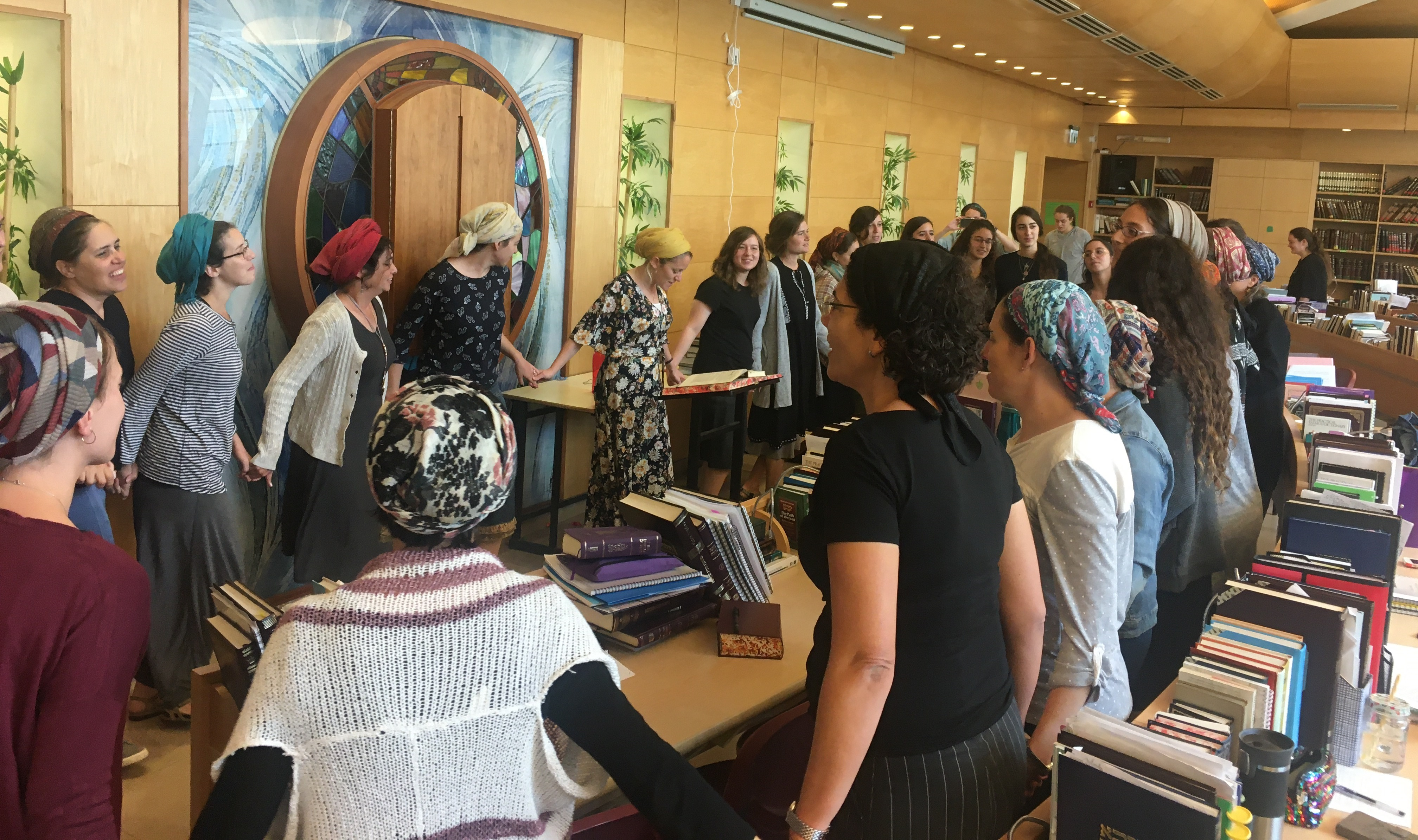 WOmen dancing in the beit midrash