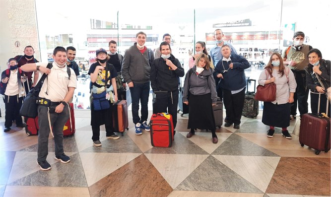 Special needs students arrive in Israel
