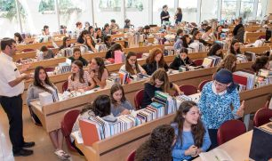 beit midrash learning